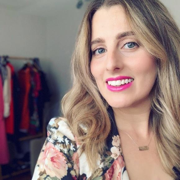 Meet the Posher Other - Meet your Posher, Erin